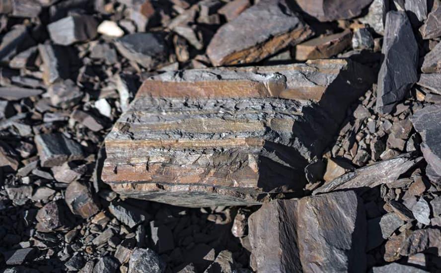 Espectrofotómetros de absorción atómica para medición de aluminio en minerales de hierro