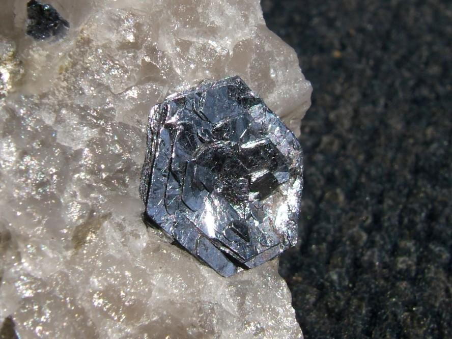 Molibdeno, elemento estratégico para la industria metalúrgica