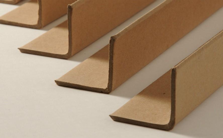 Refuerza tu embalaje con esquineros de cartón