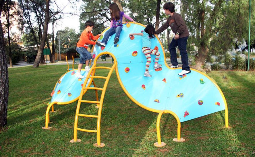 Blog Cosmos Online Tres Tendencias De Juegos Infantiles Para Parques